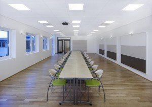 focus_ds_square__wall_panel_c_-_office_meeting_room